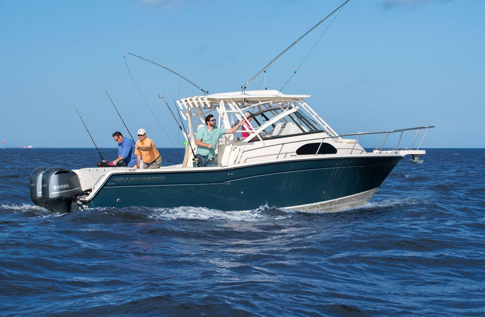 2021 Grady-White                                                              Marlin 300 Image Thumbnail #2