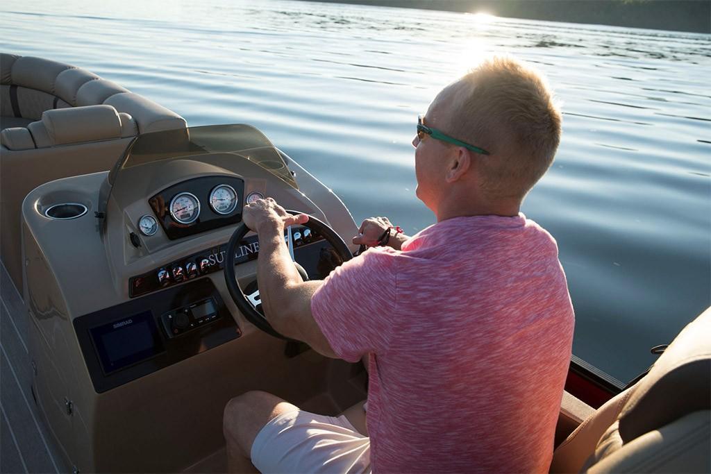 2020 Harris Pontoons Sunliner 250 Image Thumbnail #8
