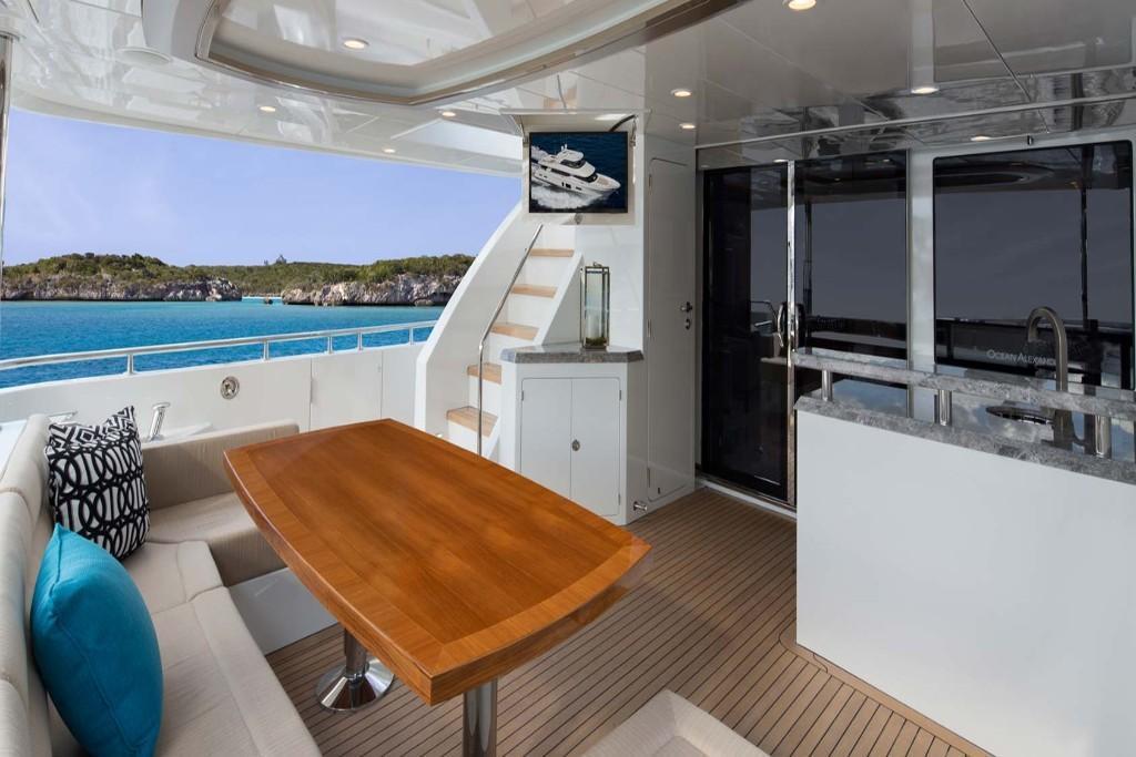 2019 Ocean Alexander 85 Motoryacht Image Thumbnail #6