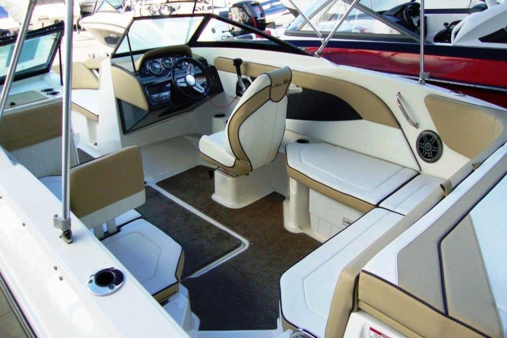2015 Sea Ray 21 SPX Outboard Image Thumbnail #8