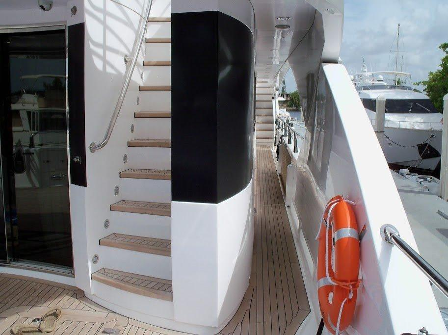2015 Sunseeker 115 Sport Yacht Image Thumbnail #9
