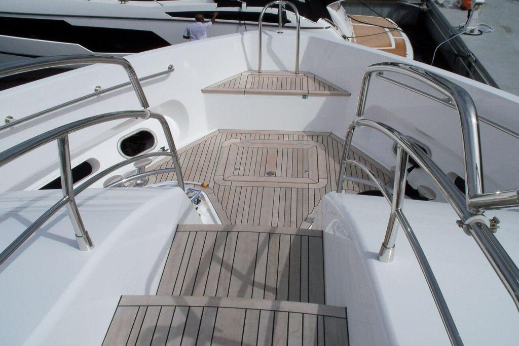 2015 Sunseeker 115 Sport Yacht Image Thumbnail #6