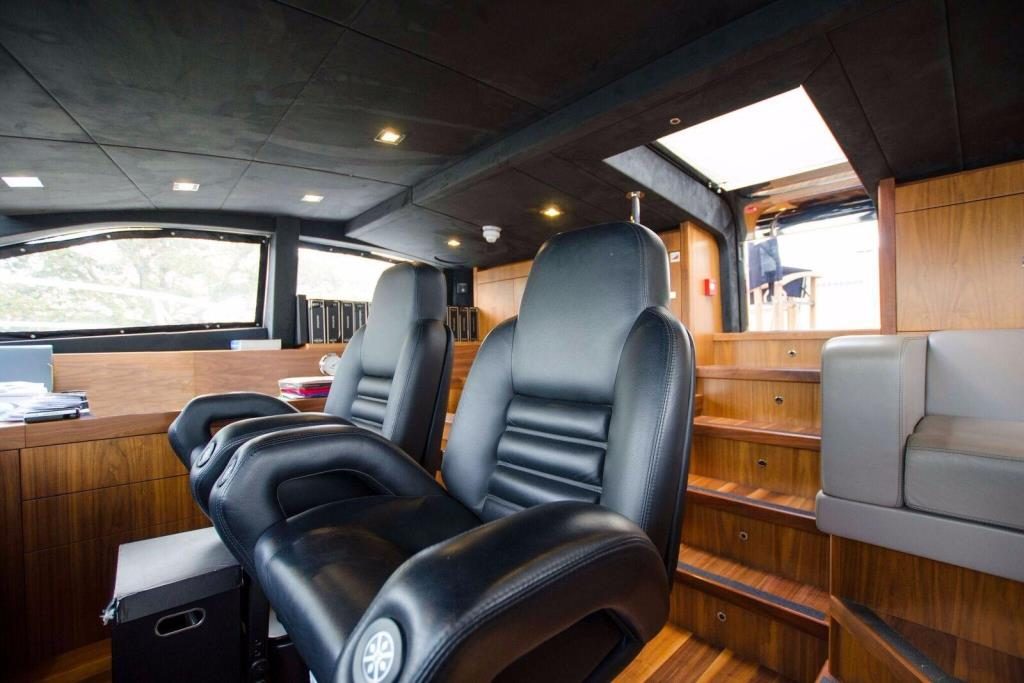 2015 Sunseeker 115 Sport Yacht Image Thumbnail #12