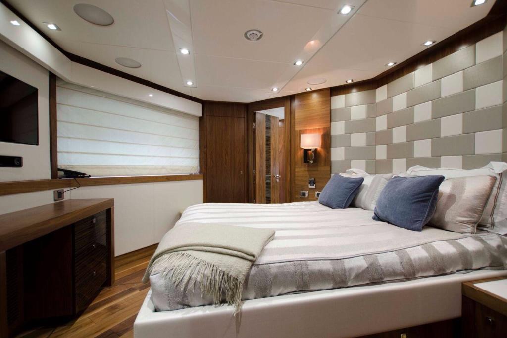 2015 Sunseeker 115 Sport Yacht Image Thumbnail #31