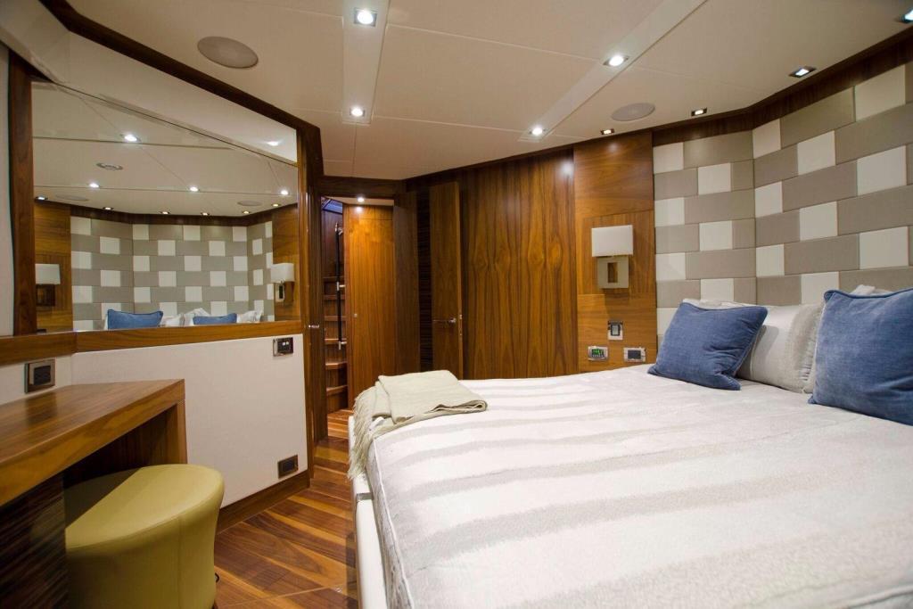 2015 Sunseeker 115 Sport Yacht Image Thumbnail #33