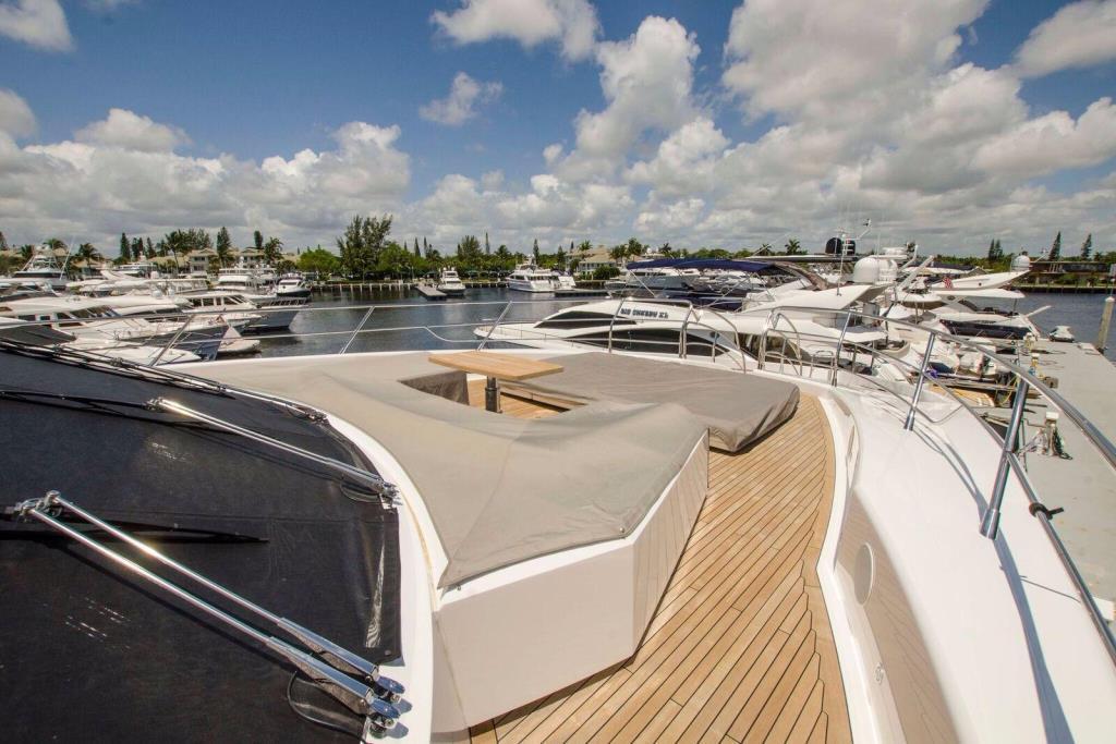 2015 Sunseeker 115 Sport Yacht Image Thumbnail #7