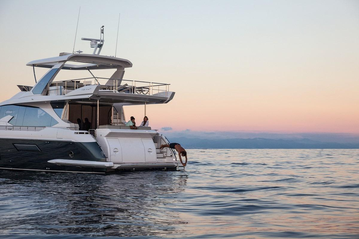 Photo 13 for 2019 Azimut 72 Flybridge
