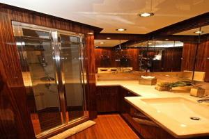 2013 Hargrave 125 Raised Pilothouse Image Thumbnail #35