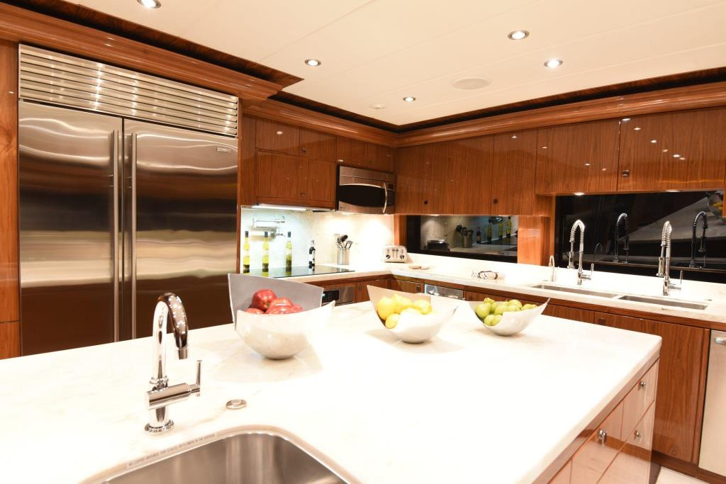 2013 Hargrave 125 Raised Pilothouse Image Thumbnail #10