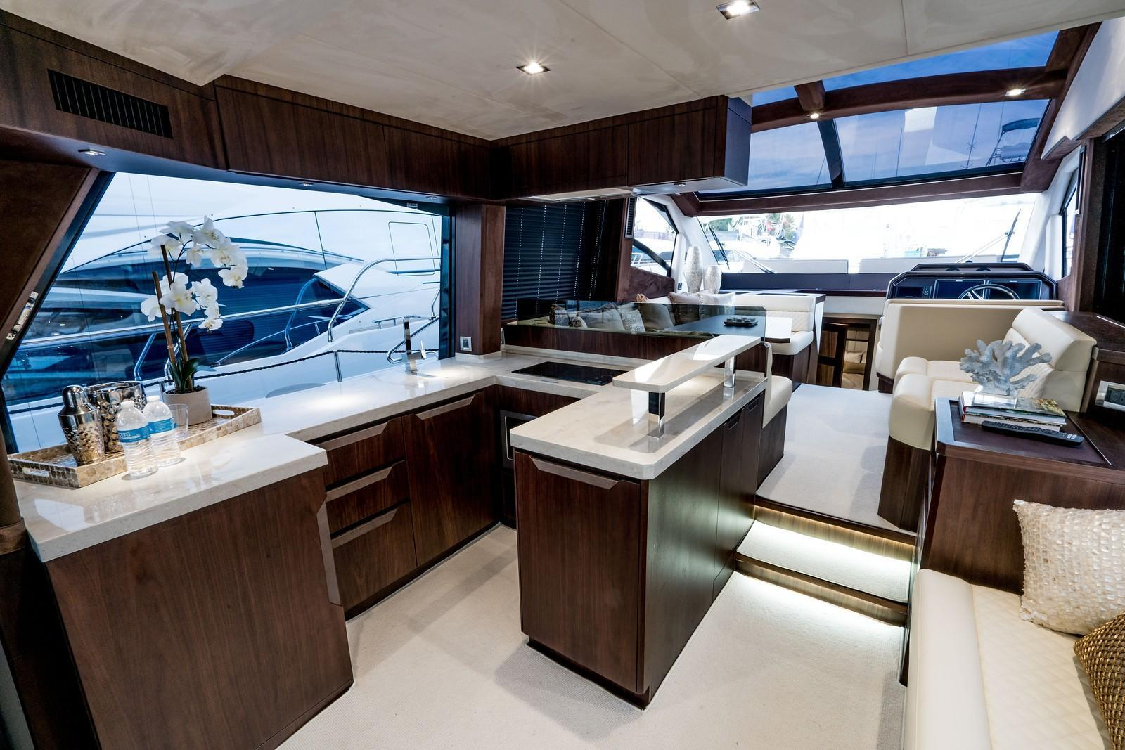Photo 24 for 2020 Galeon 510 SKY