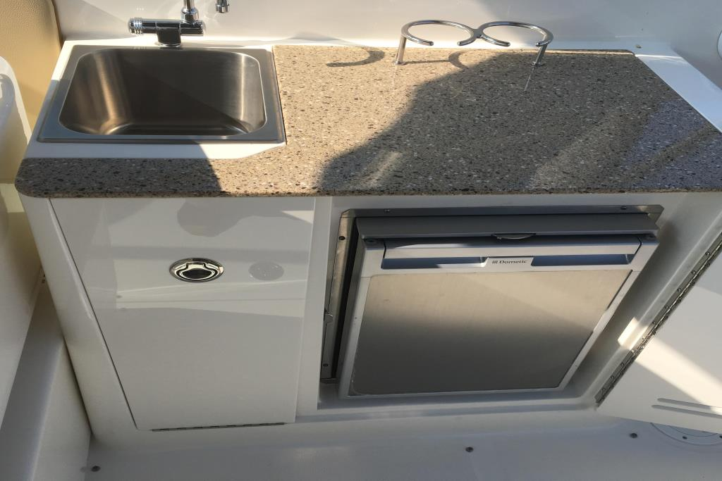 2014 Sea Ray                                                              300 SLX Image Thumbnail #4
