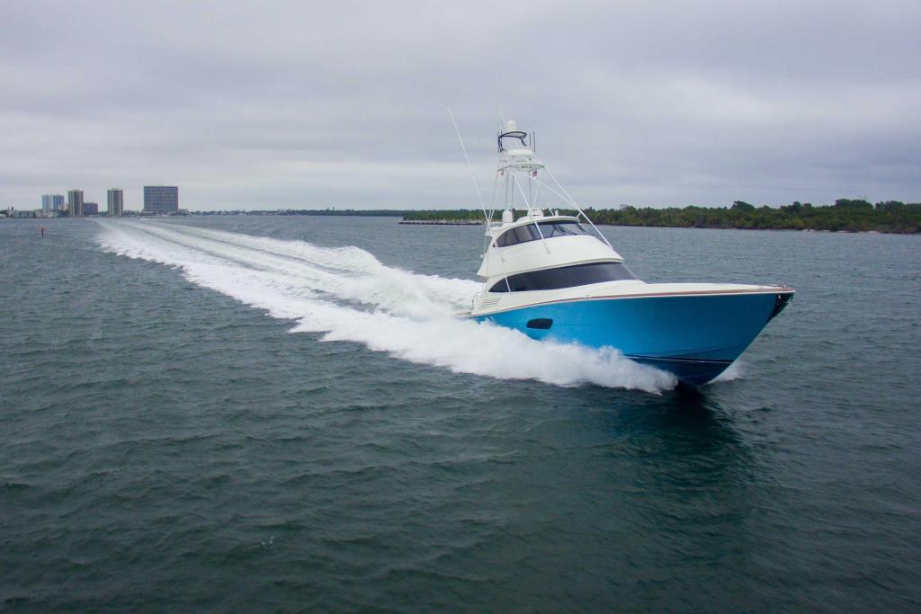 2017 Viking 92 Convertible