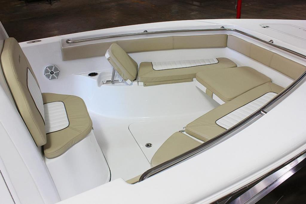2017 Sea Pro 239 Center Console Image Thumbnail #4