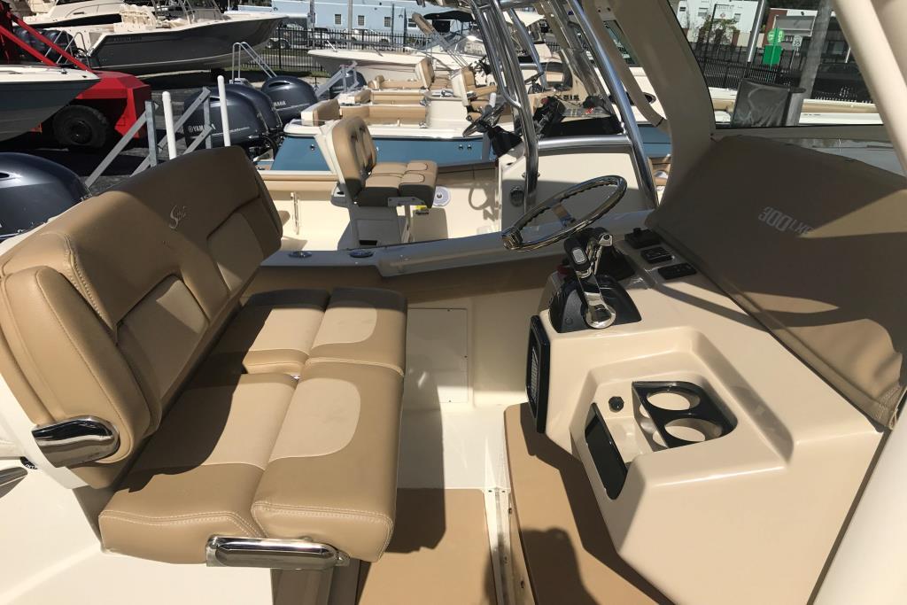 2017 Scout Boats 300 LXF Image Thumbnail #5