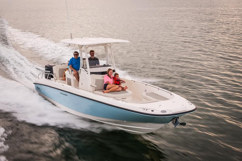 2020 Boston Whaler 270 Dauntless Image Thumbnail #35