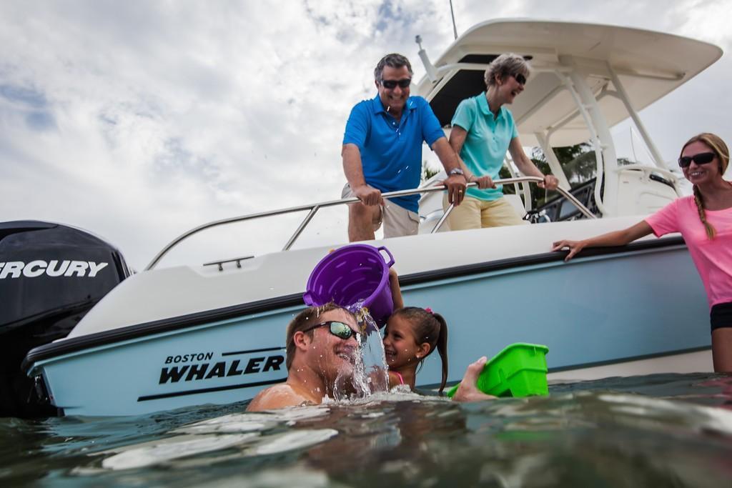 2020 Boston Whaler 270 Dauntless Image Thumbnail #36