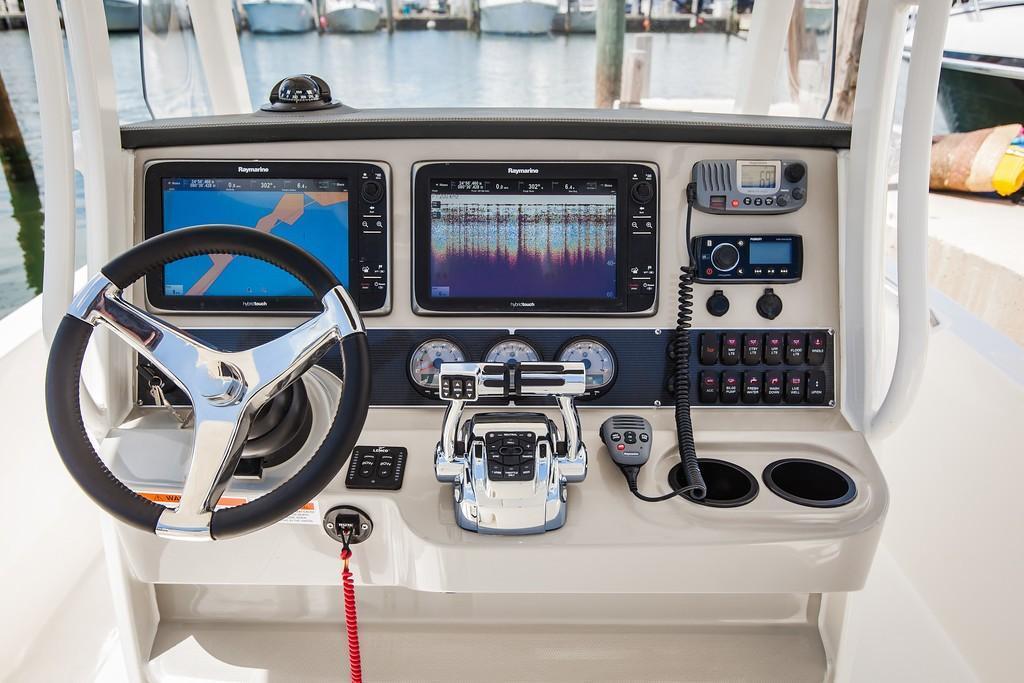 2020 Boston Whaler 270 Dauntless Image Thumbnail #47