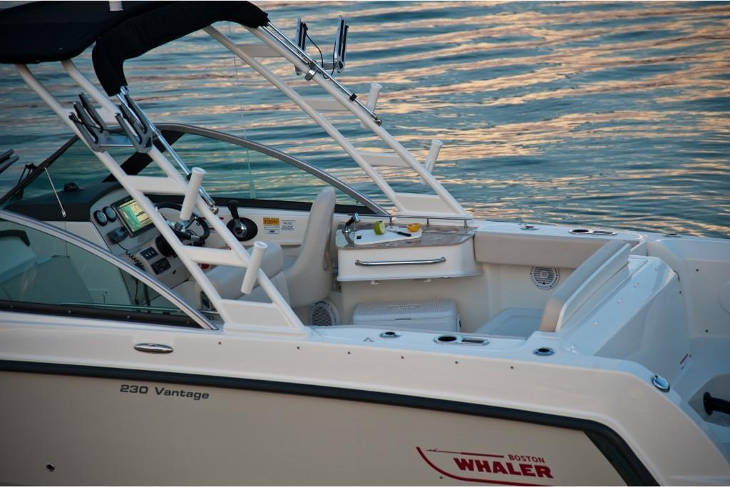 2020 Boston Whaler 230 Vantage Image Thumbnail #29