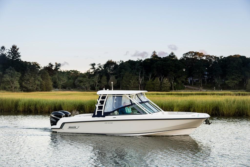 2021 Boston Whaler                                                              270 Vantage Image Thumbnail #0