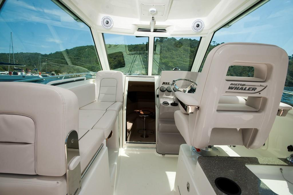 2021 Boston Whaler                                                              285 Conquest Image Thumbnail #6