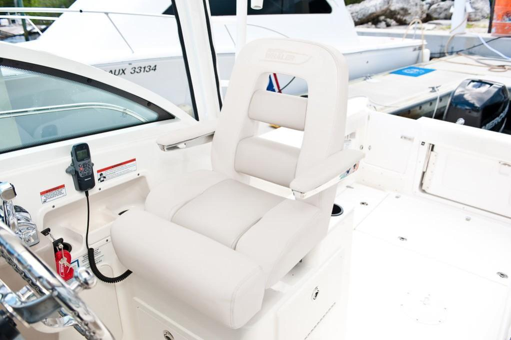 2021 Boston Whaler                                                              285 Conquest Image Thumbnail #13