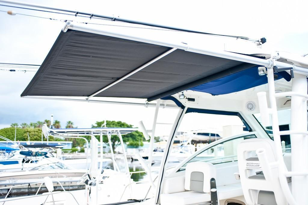 2021 Boston Whaler                                                              285 Conquest Image Thumbnail #15