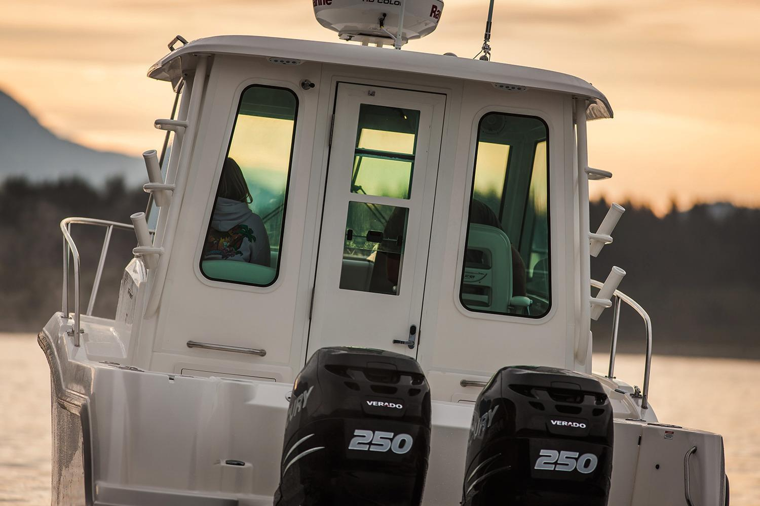 Thumbnail 4 for 2021 Boston Whaler 285 Conquest Pilothouse