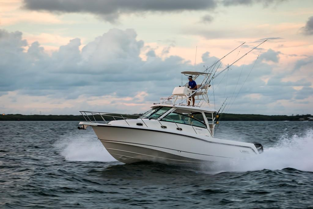 2019 Boston Whaler 345 Conquest Image Thumbnail #0