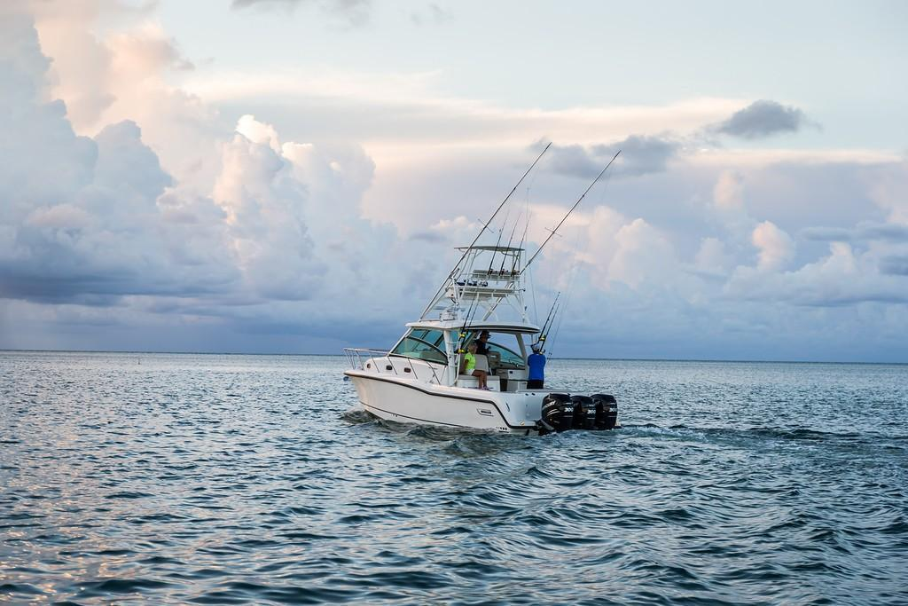 2019 Boston Whaler 345 Conquest Image Thumbnail #2