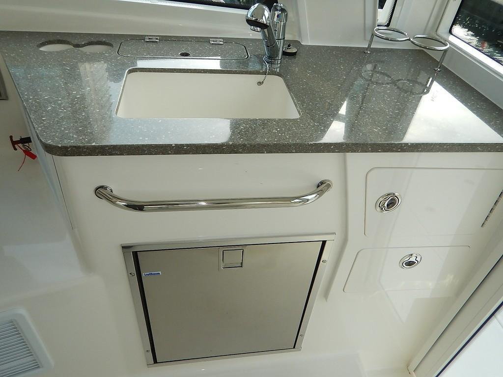 2020 Boston Whaler 345 Conquest Pilothouse Image Thumbnail #12