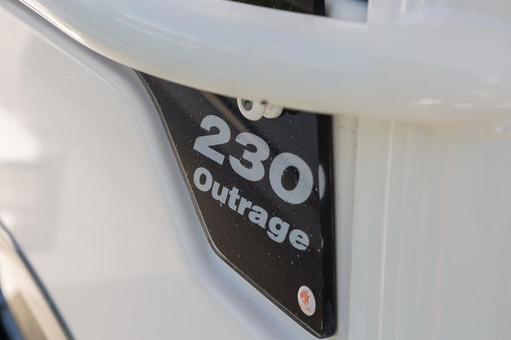 Photo 13 for 2020 Boston Whaler 230 Outrage