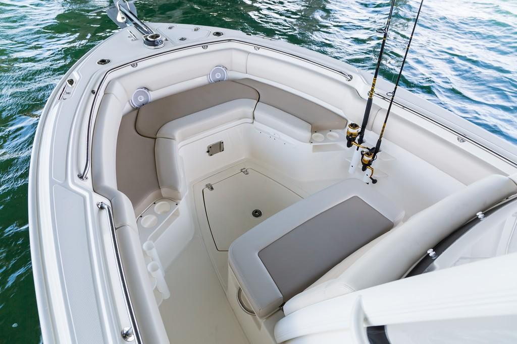 Photo 18 for 2020 Boston Whaler 230 Outrage