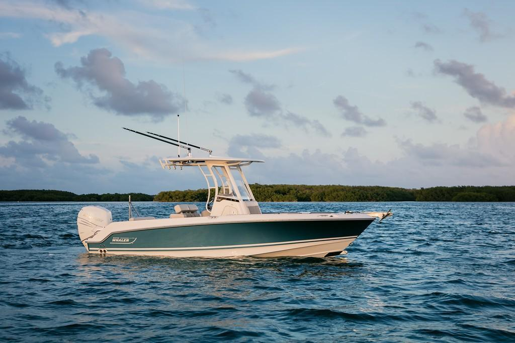 Thumbnail 2 for 2020 Boston Whaler 230 Outrage