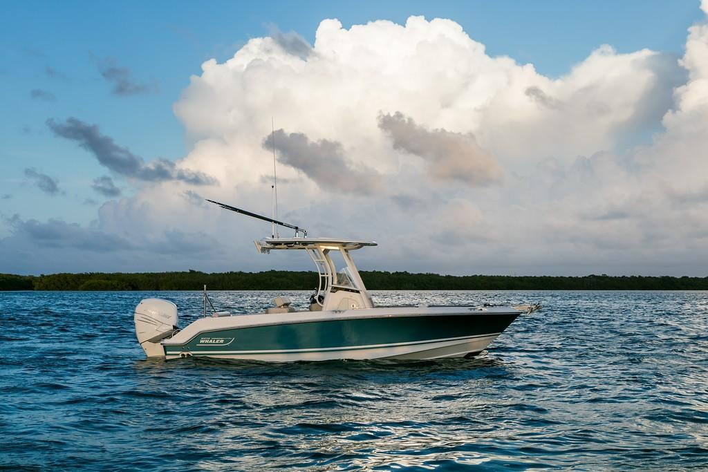 Thumbnail 3 for 2020 Boston Whaler 230 Outrage