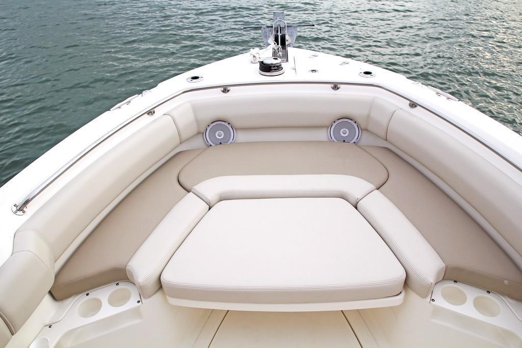 Photo 31 for 2020 Boston Whaler 230 Outrage