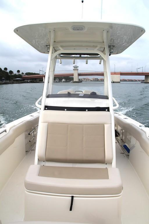 Photo 32 for 2020 Boston Whaler 230 Outrage