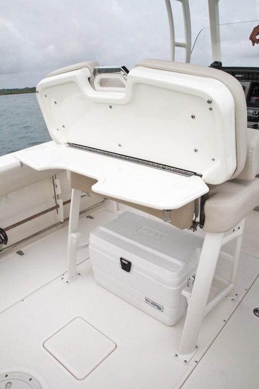 Photo 35 for 2020 Boston Whaler 230 Outrage