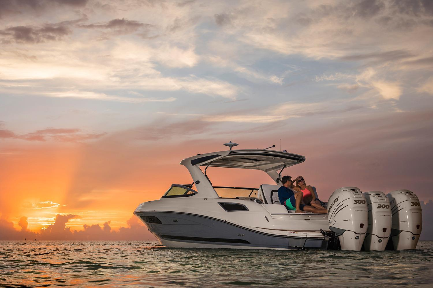 2021 Sea Ray                                                              SLX 350 OB Image Thumbnail #4