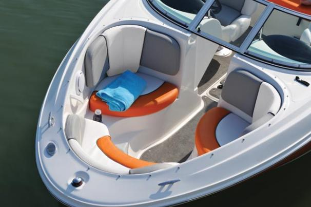 Thumbnail 4 for 2011 Sea Ray 185 Sport