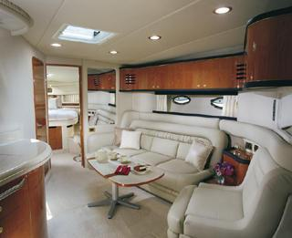2001 Sea Ray 460 Sundancer Image Thumbnail #2
