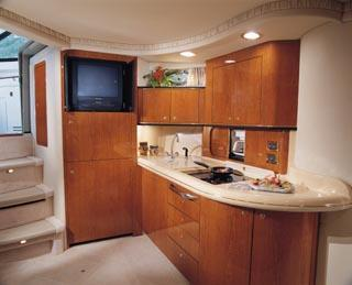 2001 Sea Ray 460 Sundancer Image Thumbnail #4