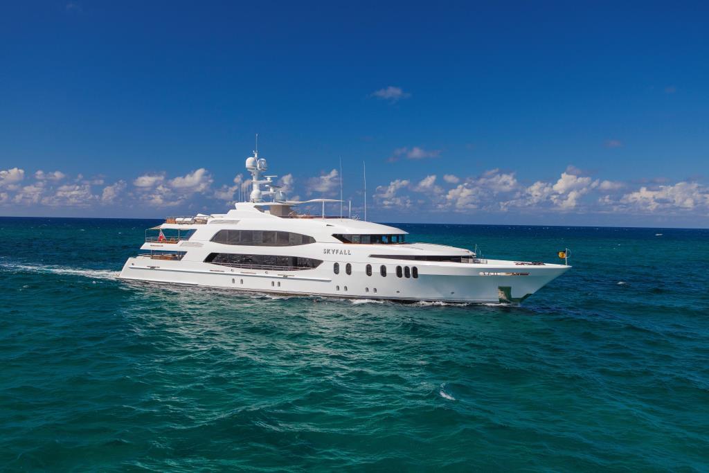 2010 Trinity Yachts Motor Yacht
