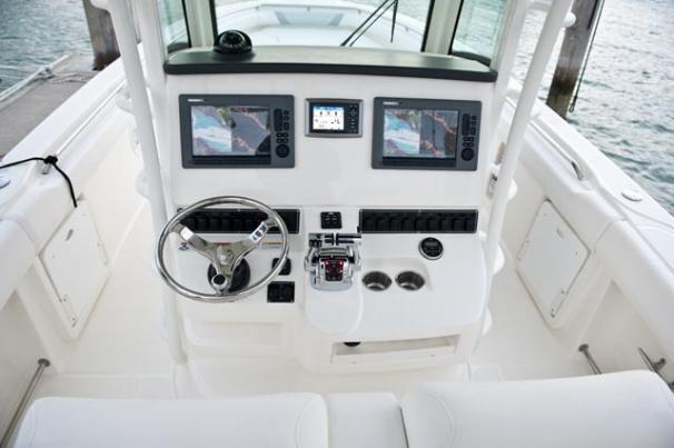 Thumbnail 3 for 2011 Boston Whaler 320 Outrage