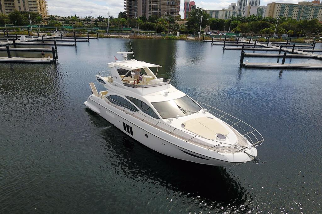 2012 Azimut 53 Flybridge Worldwide Broker