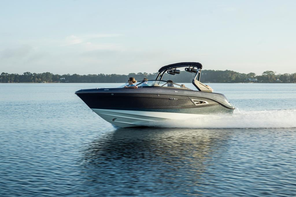 2020 Sea Ray SLX-W 230 Image Thumbnail #1