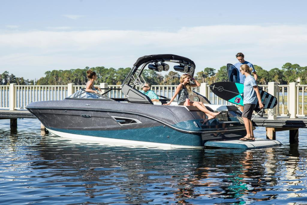 2020 Sea Ray SLX-W 230 Image Thumbnail #18