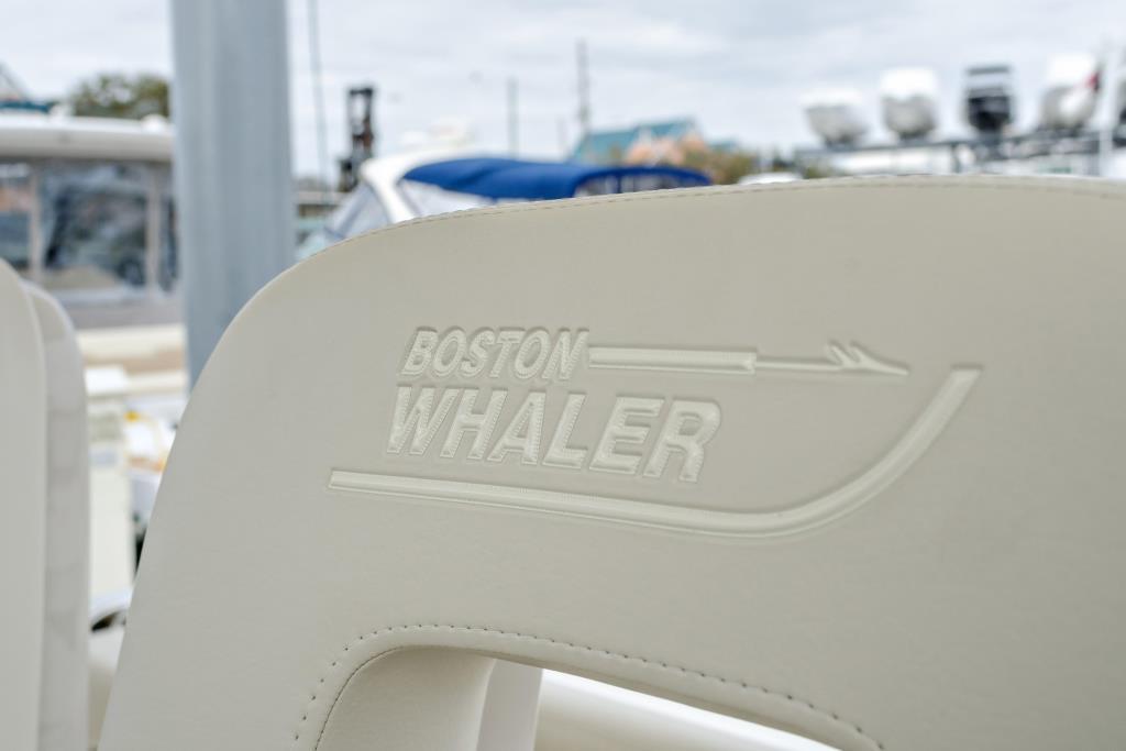 2018 Boston Whaler 420 Outrage Image Thumbnail #24