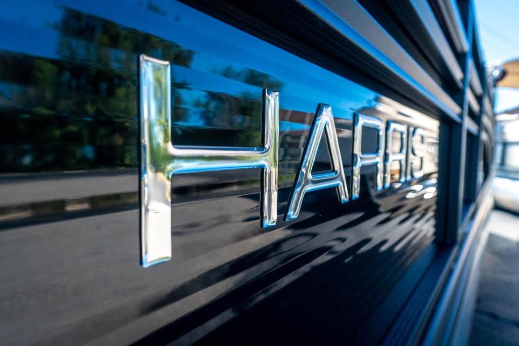 2019 Harris Sunliner 250 Image Thumbnail #4
