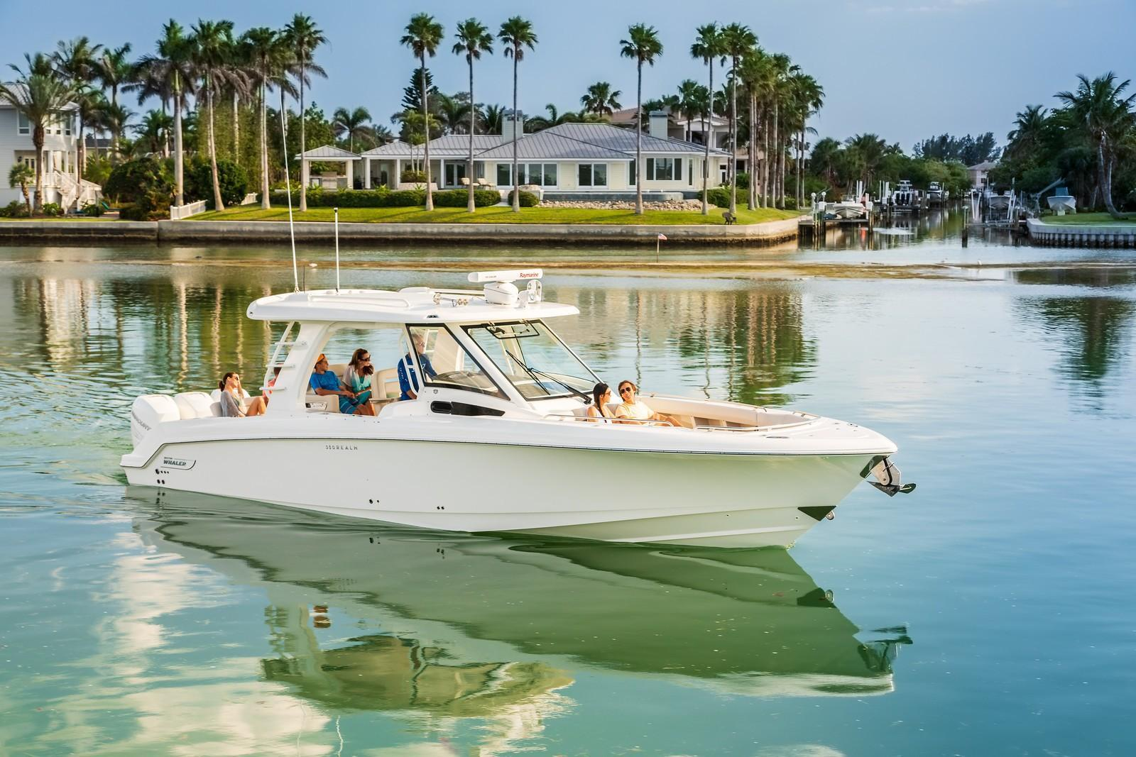2019 Boston Whaler 350 Realm Image Thumbnail #2