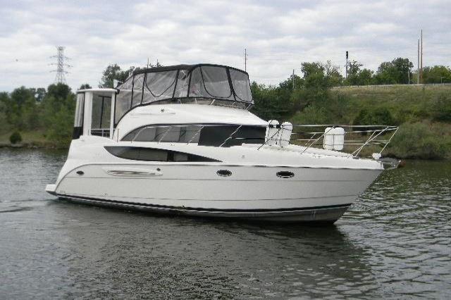 2005 Meridian 368 Motor Yacht Image Thumbnail #1
